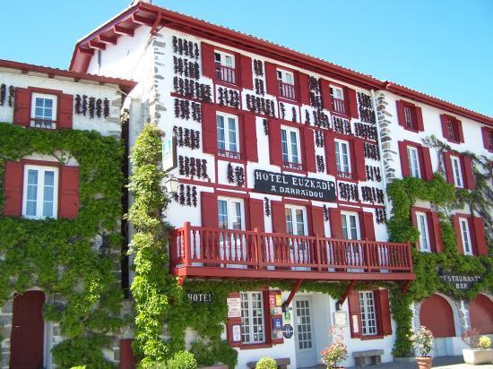 Espelette hotel euskadi - Tissage de luz espelette ...